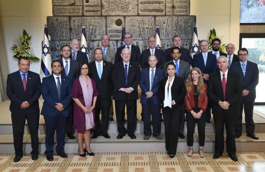 """Rivlin se reunió con los embajadores latinoamericanos: """"Las relaciones entre Israel y América Latina se están fortaleciendo"""""""